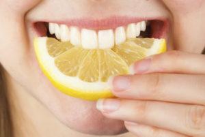 Почему появляется кислый привкус во рту